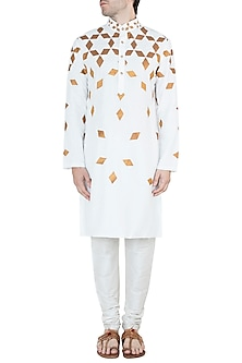 Off White & Gold Embroidered Kurta by Diya Rajvvir Men