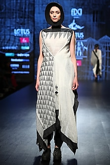 Black & White Drape With Dhoti Pants & Inner by Ekru by Ekta and Ruchira