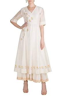 White Embroidered Anarkali With Palazzo Pants by Label Earthen