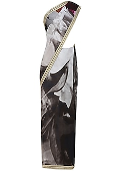 Grey and black tye and dye printed saree with unstitched blouse
