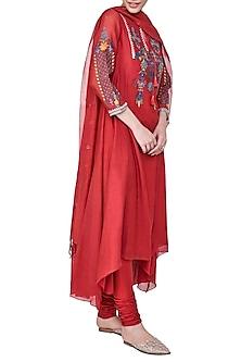 Red Embellished Kurta Set