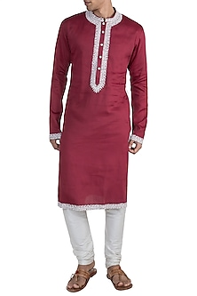 Red Embroidered Kurta by Gagan Oberoi