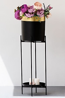 Gold Noir Planter Single by The Decor Remedy