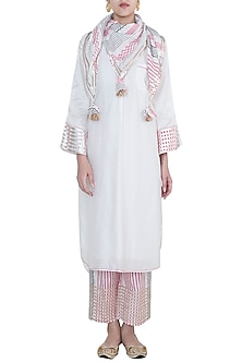 White & Pink Embroidered Printed Kurta Set by GOPI VAID