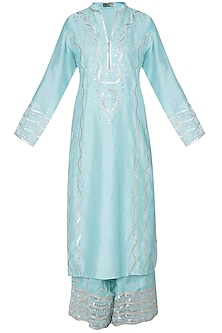 Turquoise embroidered kurta set