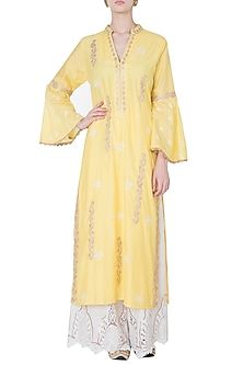 Yellow embroidered kurta by GOPI VAID