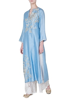 Blue embroidered kurta by GOPI VAID