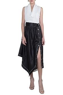 Black asymmetric metallic skirt by House of Behram