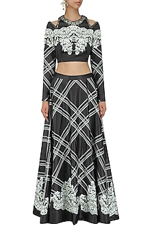 Black and White Signature Print Crop Top and Skirt Set by Intri Printi By Pooja Solanki