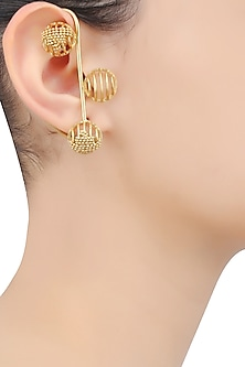 Gold Plated Weaved Ball Chain Three Round Motifs Earcuffs