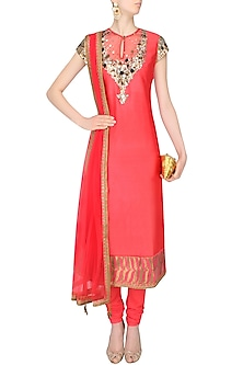 Red Hand Embroidered And Sequins Kurta Set by JJ Valaya