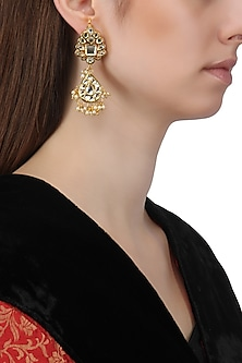 Gold Finish Kundan and Baby Pearls Earrings