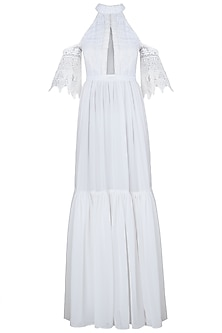 White bardot sleeves maxi dress
