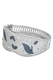 Silver plated blue and white bracelet by Kiwi by Musskan