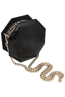 Black queenie clutch bag by KNGN