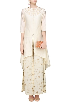 Off White Gota Patti High Low Kurta with Tye and Dye Palazzo Pants by K-ANSHIKA Jaipur