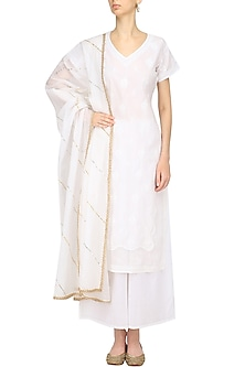 White Chikankari Work Kurta and Palazzo Pants Set by Kotwara by Meera and Muzaffar Ali
