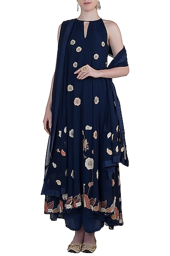 Blue embroidered kurta set by Kotwara by Meera and Muzaffar Ali