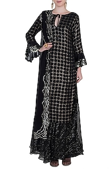 Black kamdani kurta set by Kotwara by Meera and Muzaffar Ali