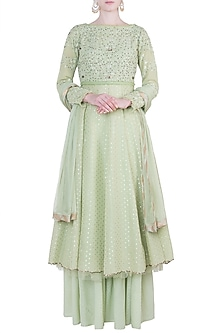 Green embroidered kurta set by Kotwara by Meera and Muzaffar Ali