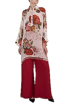 White printed rose cape kurta with pants by Kehiaa by Kashmiraa