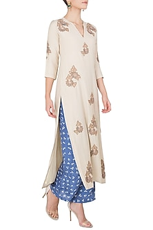 Off White Embroidered Kurta with Blue Bandhani Pants by Koashee By Shubhitaa
