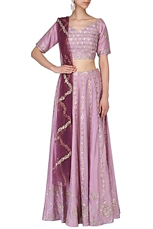 Dusty mauve and wine embroidered lehenga set by Kudi Pataka Designs