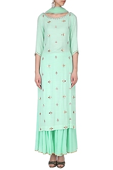 Turquoise embroidered kurta set by Kudi Pataka Designs