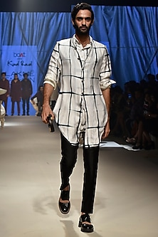 Vanilla & Black Clamp Checks Kurta Set With Koti Jacket by Kunal Rawal