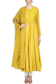 Yellow Lotus Motifs Embroidered Kalidaar Kurta Set by Lajjoo c