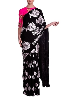 Black Heritage Fish Motif Crushed Saree with Blouse Piece by Masaba