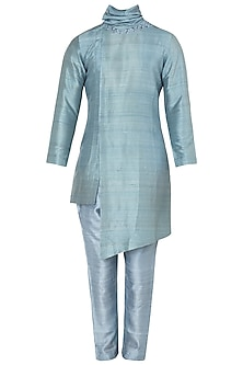 Light Green Embroidered Placket Kurta by Mitesh Lodha