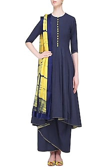 Navy Plain Kurta and Dhoti Skirt with Yellow Tie and Dye Dupatta by Mint Blush