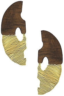 Gold Plated Half Face Like Pattern Of Gold and Wood Earrings by Mirakin