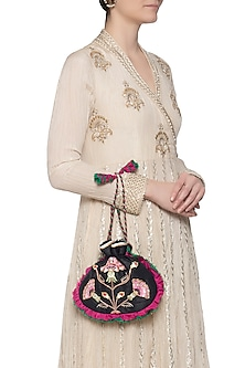 Black embroidered potli