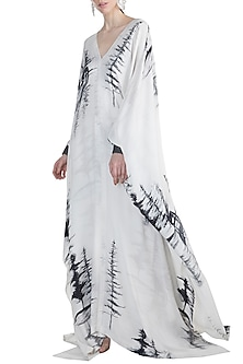 White Alpha Kaftan by Masaba X GOT
