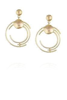 Gold plated concentric earrings by Malvika Vaswani