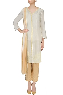Ivory And Beige Floral Embroidered Kurta With Pants by Mandira Wirk