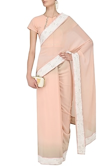 Peach Shaded Saree and Blouse Set by Myra by Anju Narain