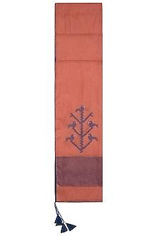 Orange embroidered jamdani stole by Myoho