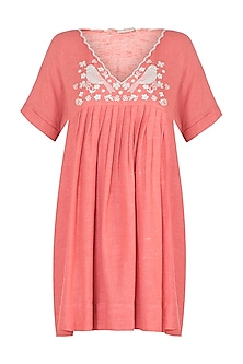 Carrot embroidered pleated tunic
