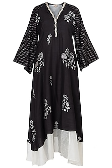 Black Block Printed and Embroidered Kurta with Belt