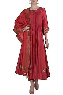 Red Banarasi Pintucks Kurta Set by Myoho