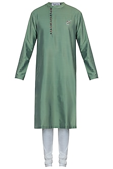 Green kurta with pants