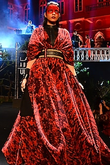 Red & Black Printed Pleated Gown With Belt by Shantanu & Nikhil