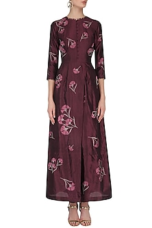 Maroon Overlap Panel Traced Carnation Kurta by Nachiket Barve