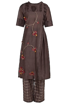 Brown Embroidered Kurta With Trouser