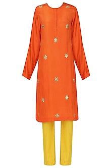 Tangerine amber shibori gota kurta set by Nineteen89 by Divya Bagri