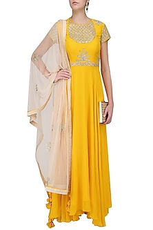 Yellow Embroidered Asymmetric Kalidaar Set by Nikasha