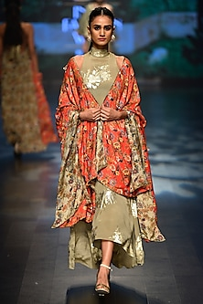 Grey bibi badal printed asymmertical dress with laal jaal cape by Nikasha